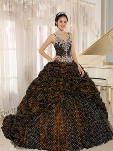 Spaghetti Straps Pick-ups Appliques Quinceanera Gowns in Rastede