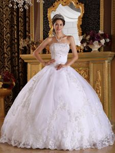 Beads Embroidery White Quinceanera Dress in Grevenbroich Germany