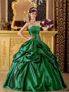 Hunter Green Taffeta Appliques Quinceanera Gowns in Dornstetten