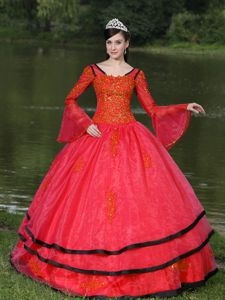 Eufaula Long Sleeves and Appliques Decorate Red Dress For Quinceanera