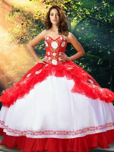 White And Red Sleeveless Floor Length Embroidery and Ruffles Lace Up Quinceanera Gowns